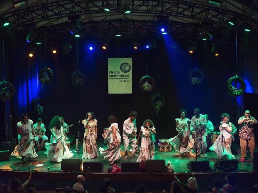 Lia de Itamaracá convida Jongo da Serrinha - Foto: Coletivo CLAP
