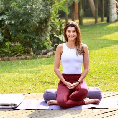 Flavia Schuler @mangalam_ meditation
