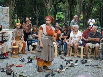 Quem Vem de Longe - Grupo: Cia Teatral As Graças  | Mostra de Teatro