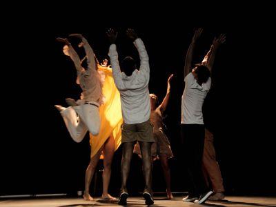Rebanho - Grupo: Cia. Sansacroma | Mostra de Dança