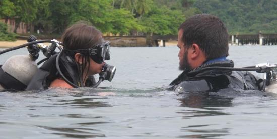 Mergulho Monitorado e Limpeza Subaquática