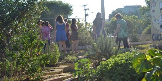 Roda de Conversa Horta Comunitária com mulheres