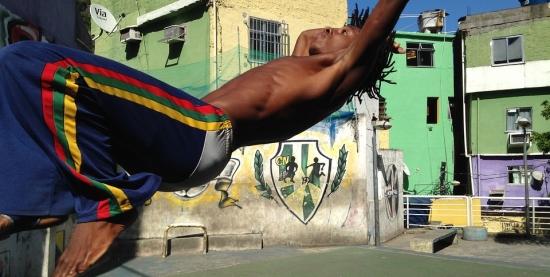 Apresentação do grupo de capoeira Filhos de Oxalá