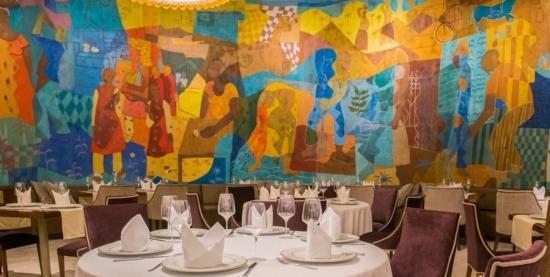Arte-Tour Guiado pelo Hotel Wish Hotel da Bahia