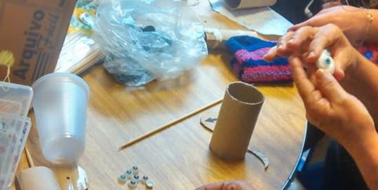 Oficina de Escondidinhos | Bonecos com rolo de papel higiênico