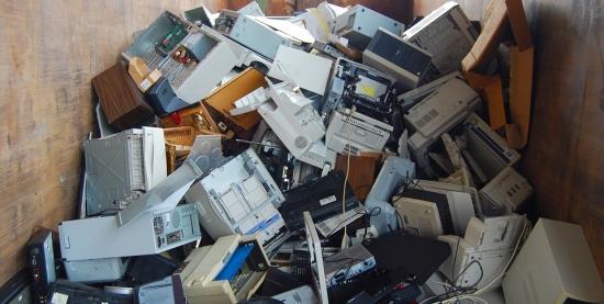Coleta de Resíduos Especiais | Óleo e Eletrônicos