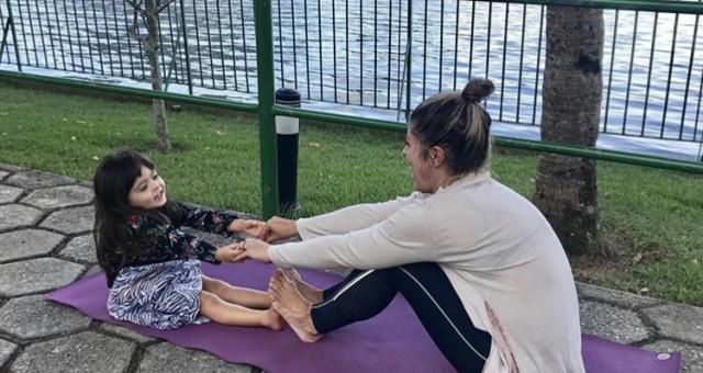Descobertas com Yoga | Toda Criança sendo Criança