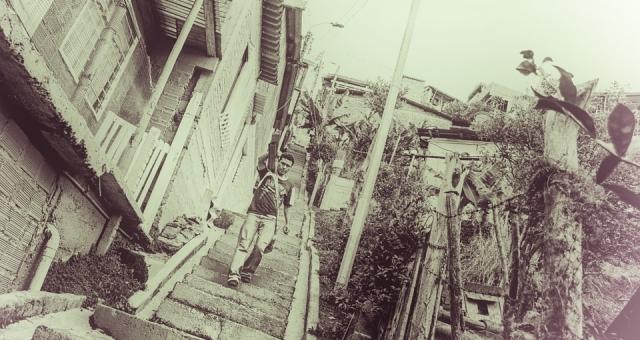 Desenvolvimento Sustentável da Favela com Liberdade e Segurança