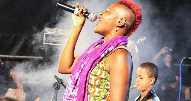 Show de Orquestra de Reggae de Cachoeira, Freelion feat Pali e Owkei Odili