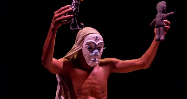Espetáculo Teatral Orum Ayê | Um Mito da Criação do Mundo